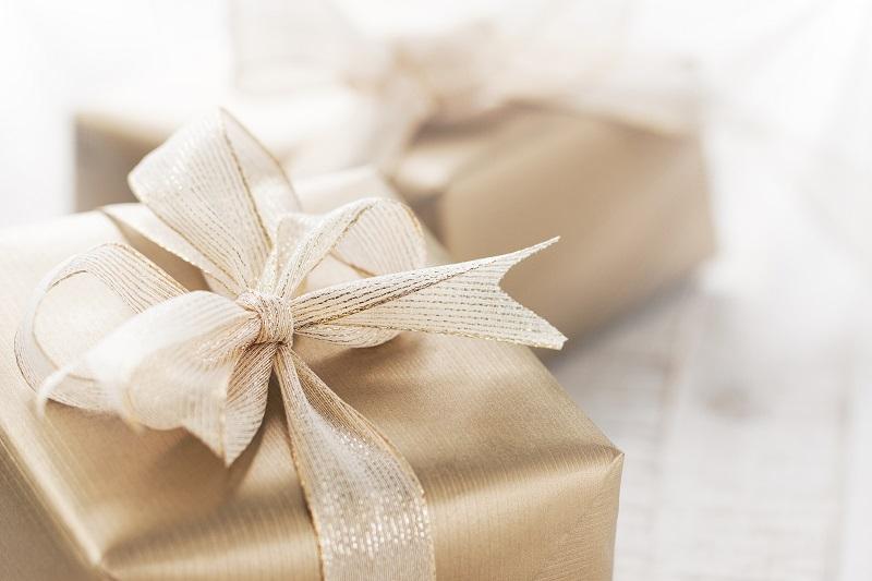 Kosze prezentowe dla firm – co wybrać i gdzie je zamówić?